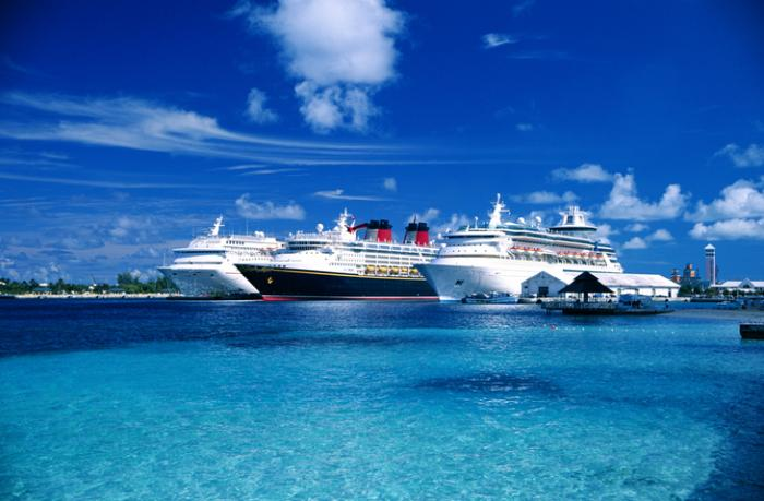 Cruise Lines Require Vaccinations, Tests, Amid Virus Surge